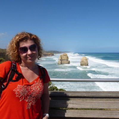 Zita Nováková u Twelve Apostles v Austrálii