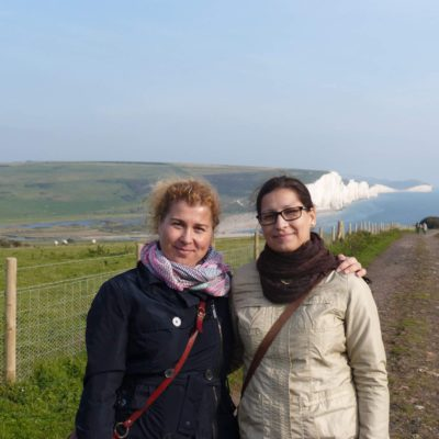 Zita Nováková u útesů Seven Sisters na jihu Anglie