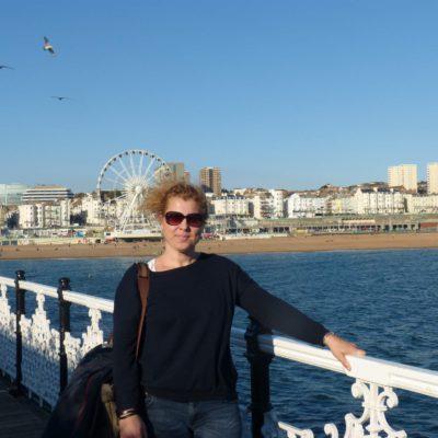 Zita Nováková u Brightonu v Anglii
