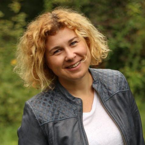 Zita-Nováková-683x1024